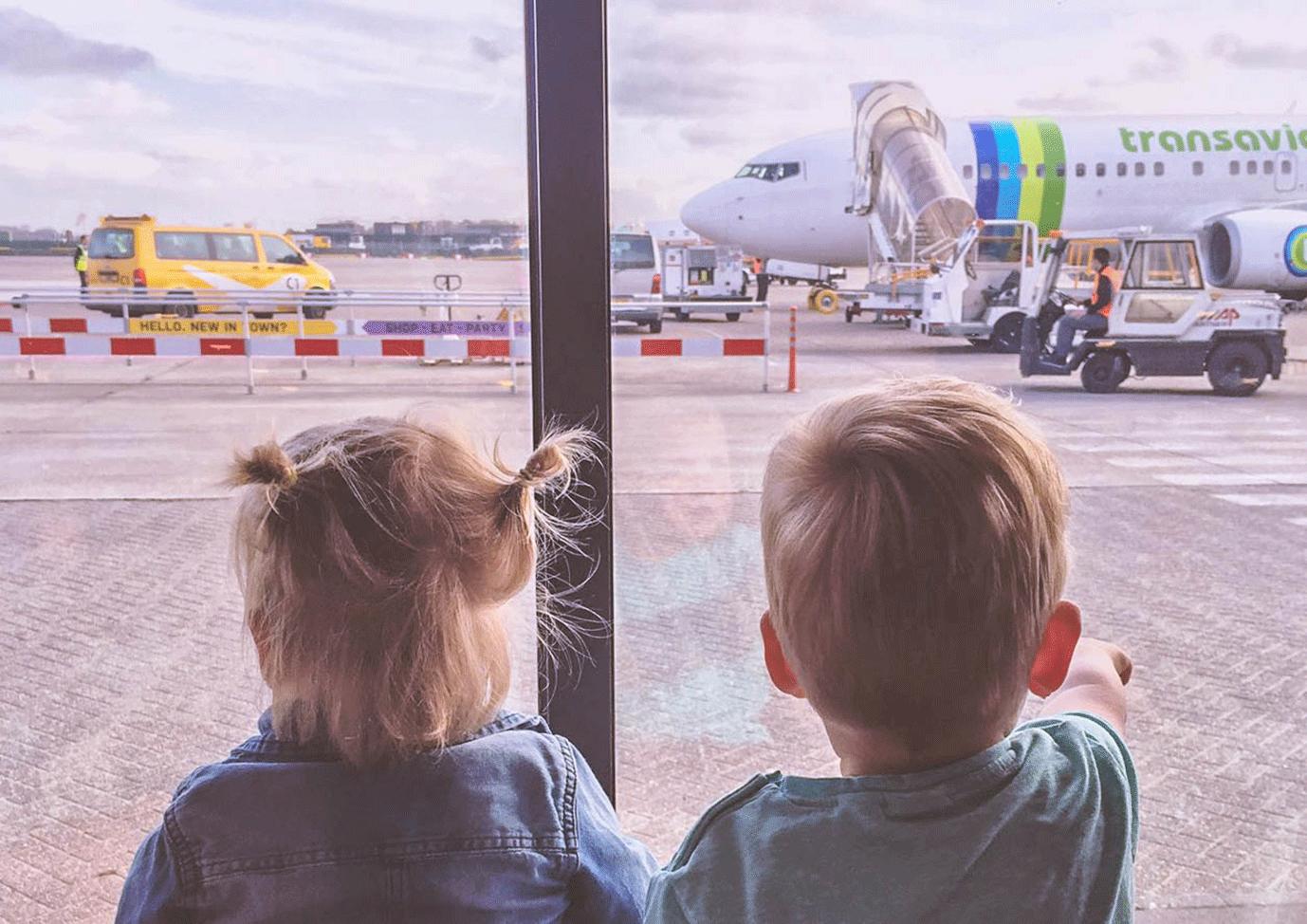 goedkoop vliegen met kinderen