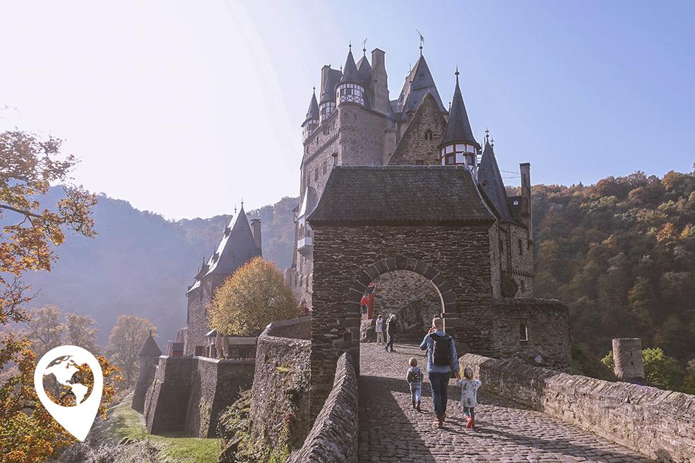Burg Eltz met kinderen - entree