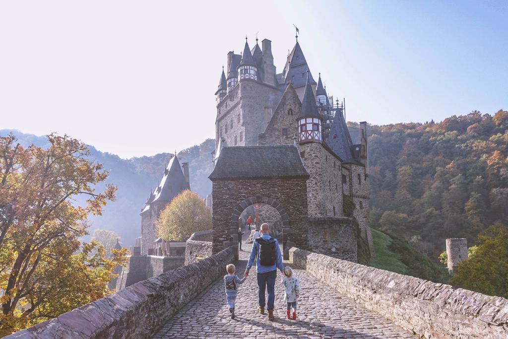 Hotspot: Burg Eltz (Duitsland) met kinderen