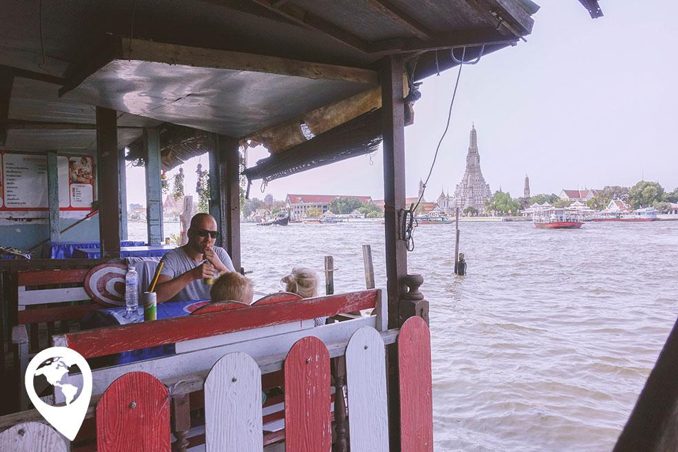 Bangkok-met-kind-wat-arun-uitzicht