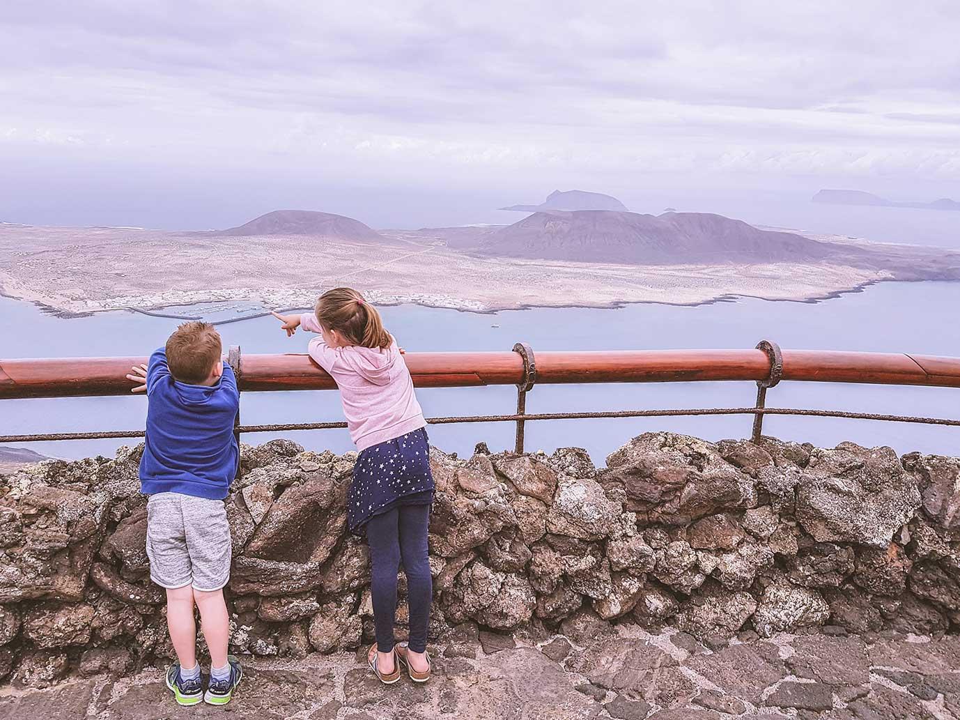 Spanje met kind - gezinsvakantie Lanzarote - uitzicht