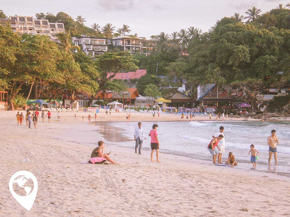 thailand-met-kind-phuket-kata-beach