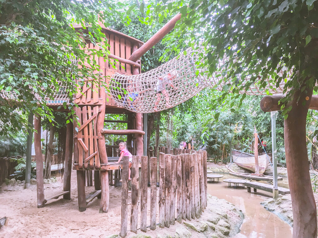 Kidshotspot: review Berkenhof Tropical Zoo in Zeeland