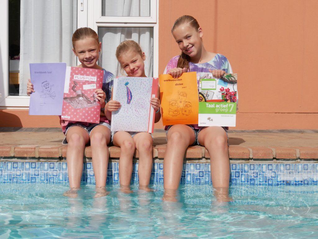 Reizen met leerplichtige kinderen - huiswerk