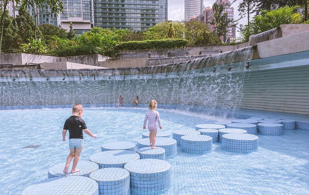 Zwemmen in Kuala Lumpur met kinderen