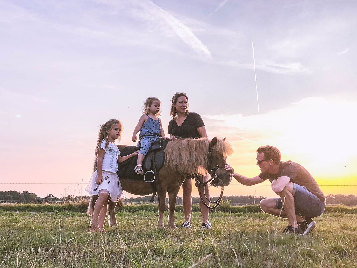 Wandelen met pony Sas - Uitjes in Twente met kinderen
